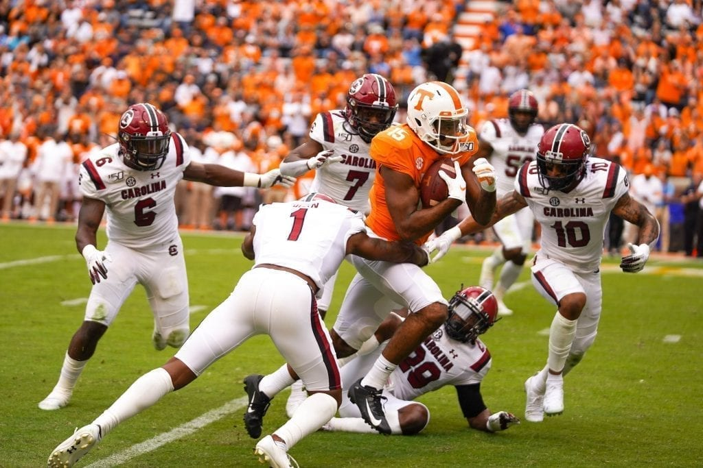 Tennessee wide receiver Jauan Jennings (15) runs through South Carolina defenders when Tennessee played South Carolina in Neyland Stadium on October 27, 2019. Photo/ Ben Gleason