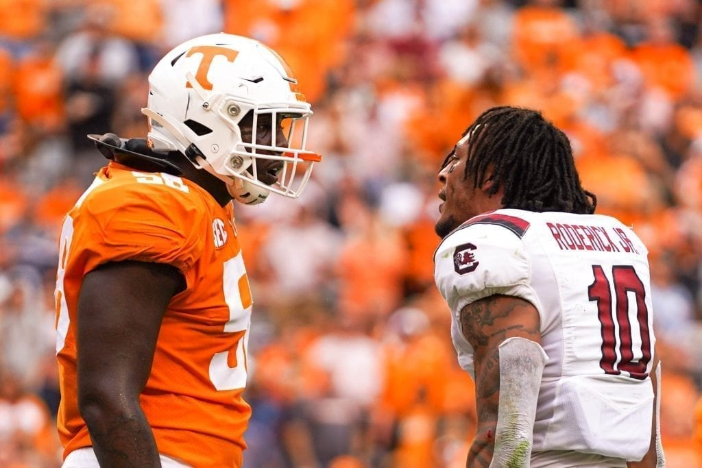 Tennessee offensive lineman Jahmir Johnson and South Carolina defensive back R.J. Roderick bicker when Tennessee played South Carolina in Neyland Stadium on October 27, 2019. Photo/ Ben Gleason