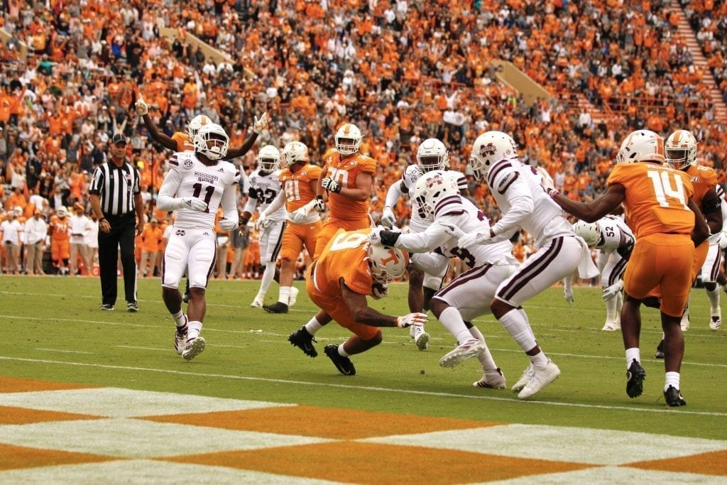Tim Jordan (9) falls into the end zone when Tennessee played Mississippi State in Neyland on Oct. 12. Photo/Ben Gleason