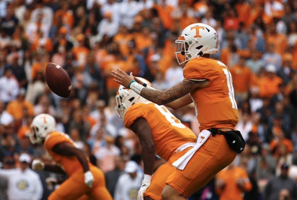 Brian Maurer (18) takes a snap when Tennessee played Mississippi State in Neyland on Oct. 12. Photo/Ben Gleason