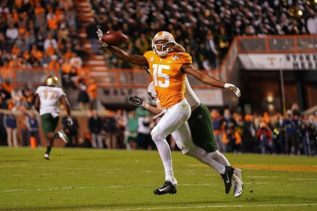 Tennessee wide receiver Jauan Jennings (15) attempts a one handed catch when Tennessee played UAB in Neyland Stadium on November 2, 2019. Photo/ Ben Gleason